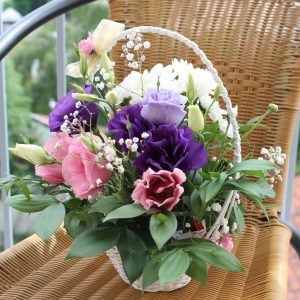 purple and pink flower bouquet